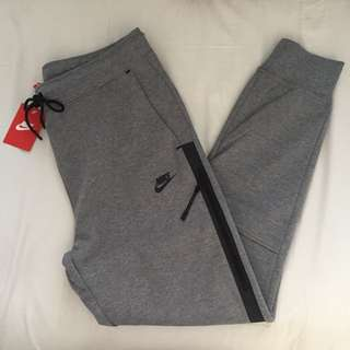 Women's Nike Tech Fleece Pants