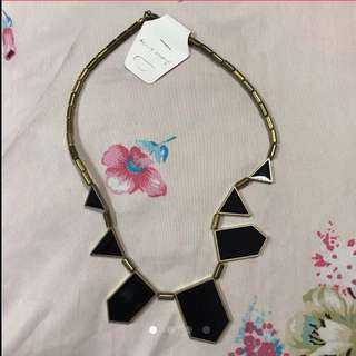 $18 Gold Bronze Black Turnable Necklace from Korea (Brand New with Tag) - Free Size