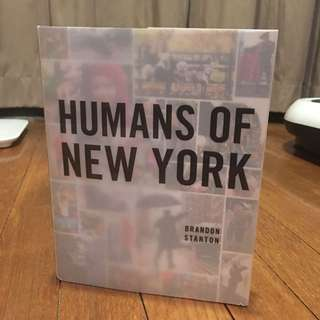English book (Humans of New York - Brandon Stanton)