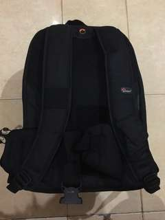 [Preloved] lowepro camera backpack