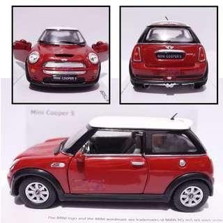Mini Cooper S - Diecast skala 32 Kinsmart Miniatur Mobil Merah
