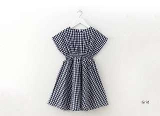 (NEW) BNWT Gingham design girls dress