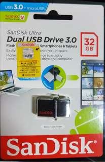 SanDisk  high speed3.0  32 Gb Dual USB Drive