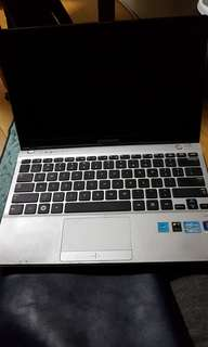 Samsung i3core notebook win 7
