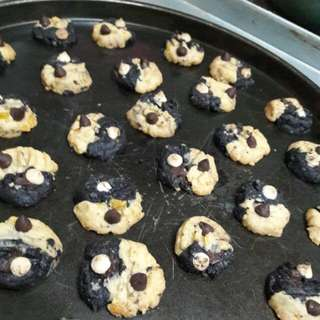 MARVELous Super Chocolate chip cookies!