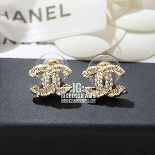 Gold Small Diamond Like Crystals Earrings Ear Studs