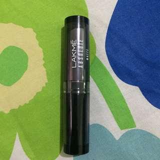 Preloved Lakme Absolute HI Definition Matte Lipstick