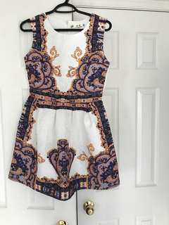 Brand new beautiful dress, perfect for summer