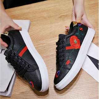 7951 SNEAKER SHOES EMBROIDERY GOLD