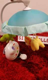 Hangging bed toys