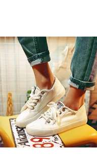 BNIB Women's sneakers