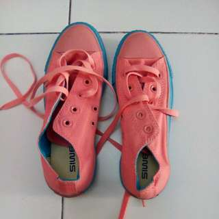 New Imported Rubber Shoes, Size 6, Pink And Blue green Color