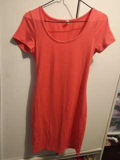 Coral body con dress