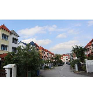 D19 Freehold Terrace Paya Lebar Walk Serangoon Gardens