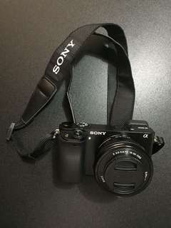 SONY  a 6000 Mirrorless