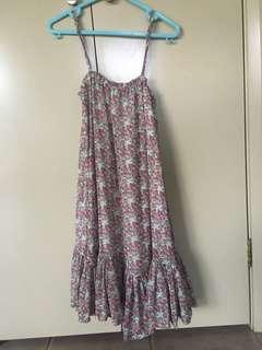 Floral flowy dress XS