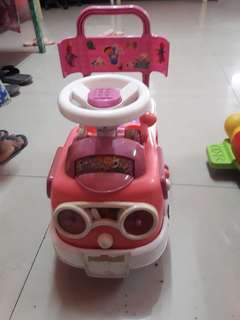 girls toy car