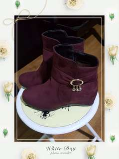 BNIB Ladies Boots