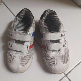kikilala sport shoe