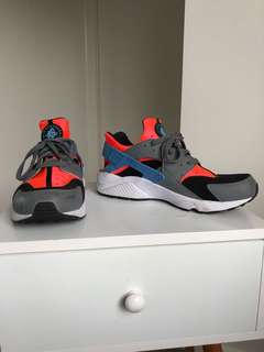 Nike huarach