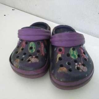 Sandal crocs asli size 5