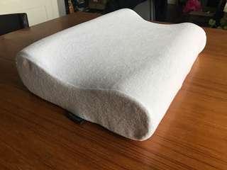Sleep Innovations contour pillow