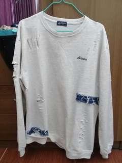 Arizona Sweater Ripped