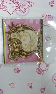 Hello Kitty Daruma Wood Magnet