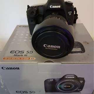 Canon 5D Mark 3 with EF 24-105mm F4L IS USM Lens. Full, frame camera, Mint condition