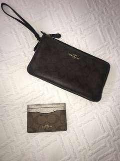 Authentic COACH zip purse
