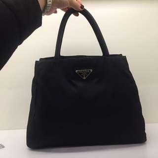 閒置 Prada Bag