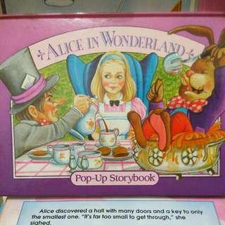 Buku cerita bhs inggris : Alice in Wonderland pop-up storybook