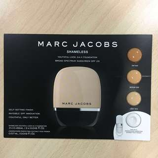 Marc Jacobs Shameless Youthful Look 24H Foundation