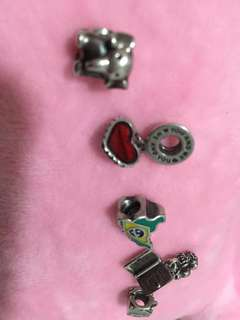 AUTHENTIC!!💯 Pandora bracelet with charms