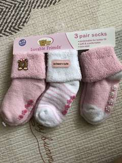 Luvable friends Baby Socks - 6-18months