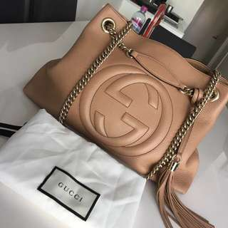 100% Authentic Gucci Soho Leather Gold Chain Shoulder Rose Beige Tan Bag