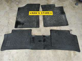 Daihatsu rubber carpet for kenari Kelisa viva