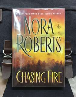 # Novel《New Book Condition + Hardcover Edition》Nora Robert - CHASING FIRE
