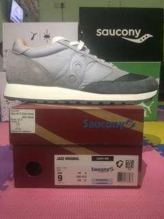 Jual paket 3 pasang sepatu Saucony Jazz Original (1pairs) dan Saucony Kineta Relay (2pairs)
