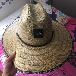quicksilver straw hat