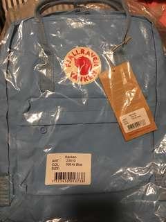 Fjallraven Kanken classic backpack 🎒 (air blue)