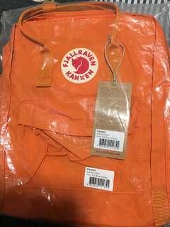 Fjallraven Kanken Classic backpack 🎒 (Burnt Orange)