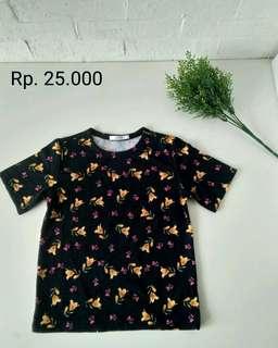 Kaos hitam motif bunga (Baru)