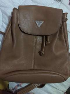 LEATHER GUESS BACKPACK (AUTHENTIC)