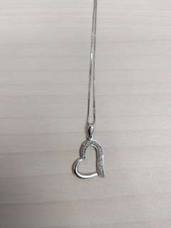 Heart shaped necklace - silver