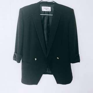 🚚 日貨 S號 Lagunamoon 黑色 西裝外套 墊肩 七分袖