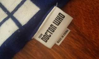 Dr Who merch Tardis scarf