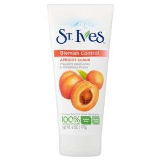 St Ives Facial Scrub Apricot (Fresh Skin)