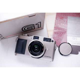 Contax G1 with carl Zeiss 28mm f2.8 G film camera