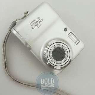 Nikon Coolpix L4 Digital Camera 4 MP 3X Optical Zoom